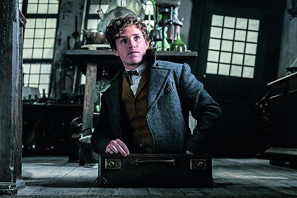 3D_Blu_fantastic_beasts_jul19.jpg
